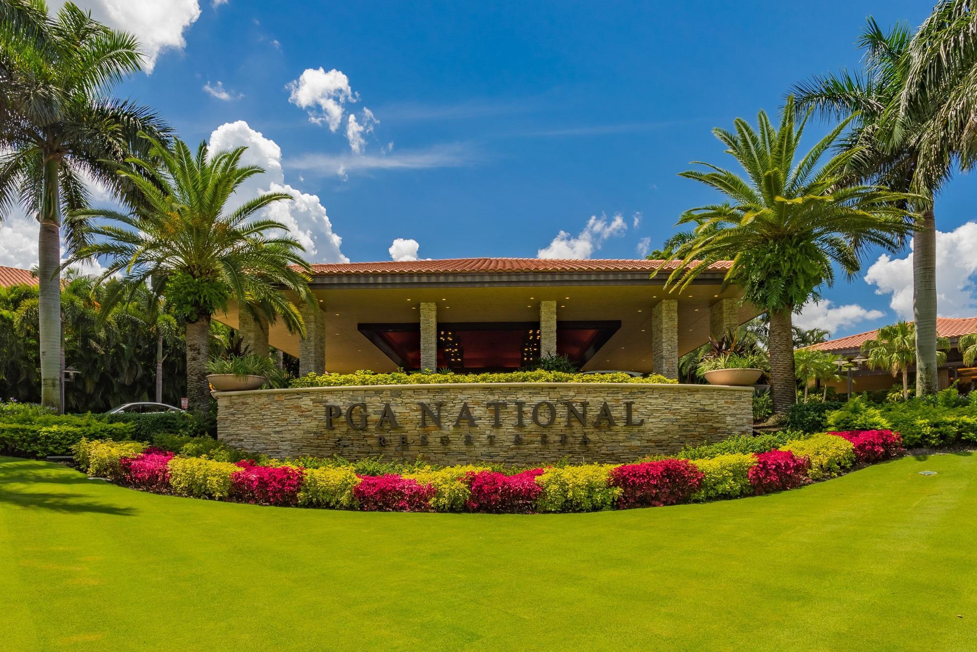 4 Glencairn Court Palm Beach Gardens, FL 33418