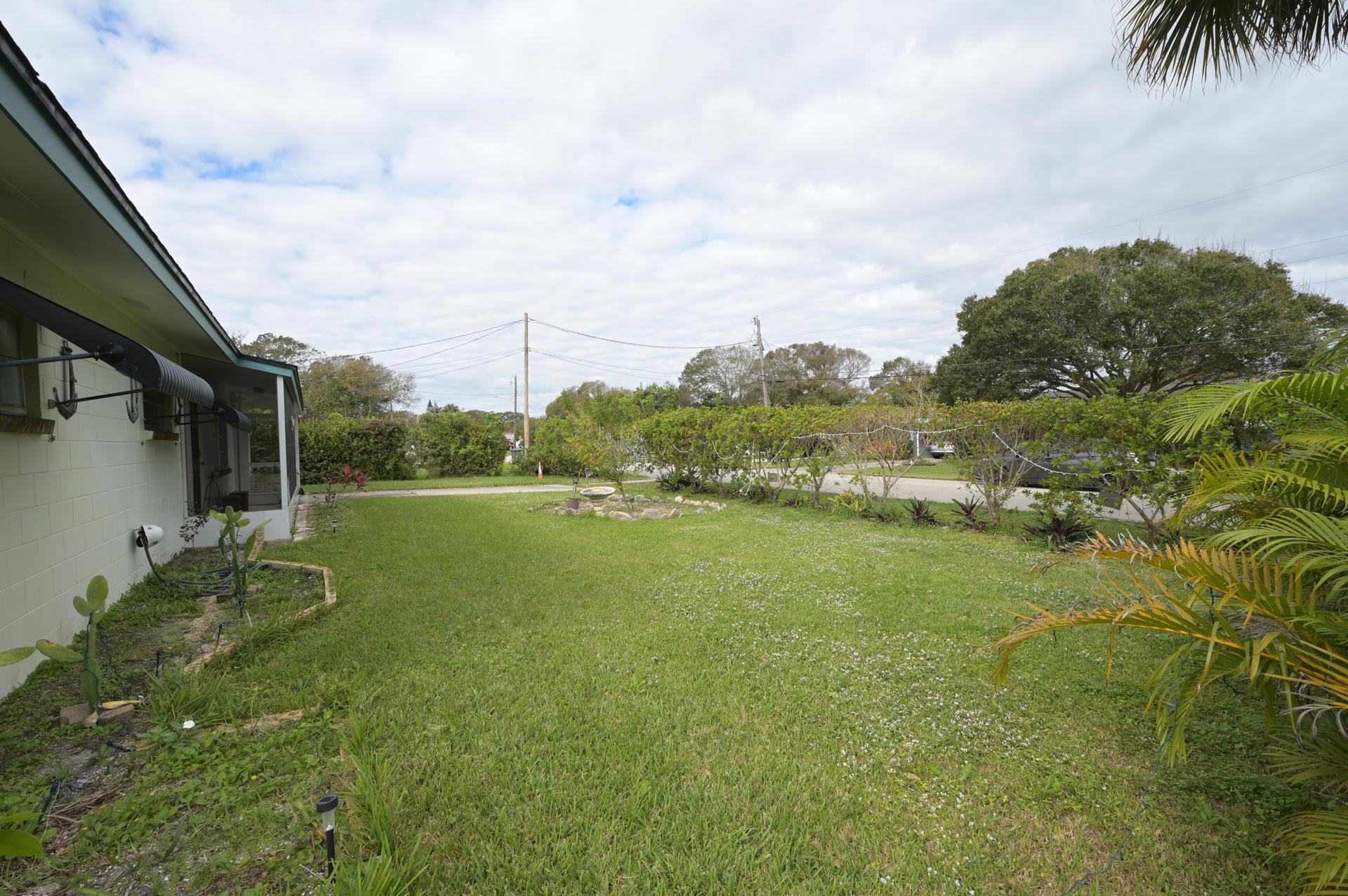 111 Hialeah Avenue Fort Pierce, FL 34982 photo 25