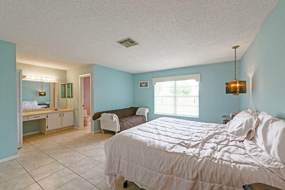 8165 Winnipesaukee Way Lake Worth, FL 33467 photo 13