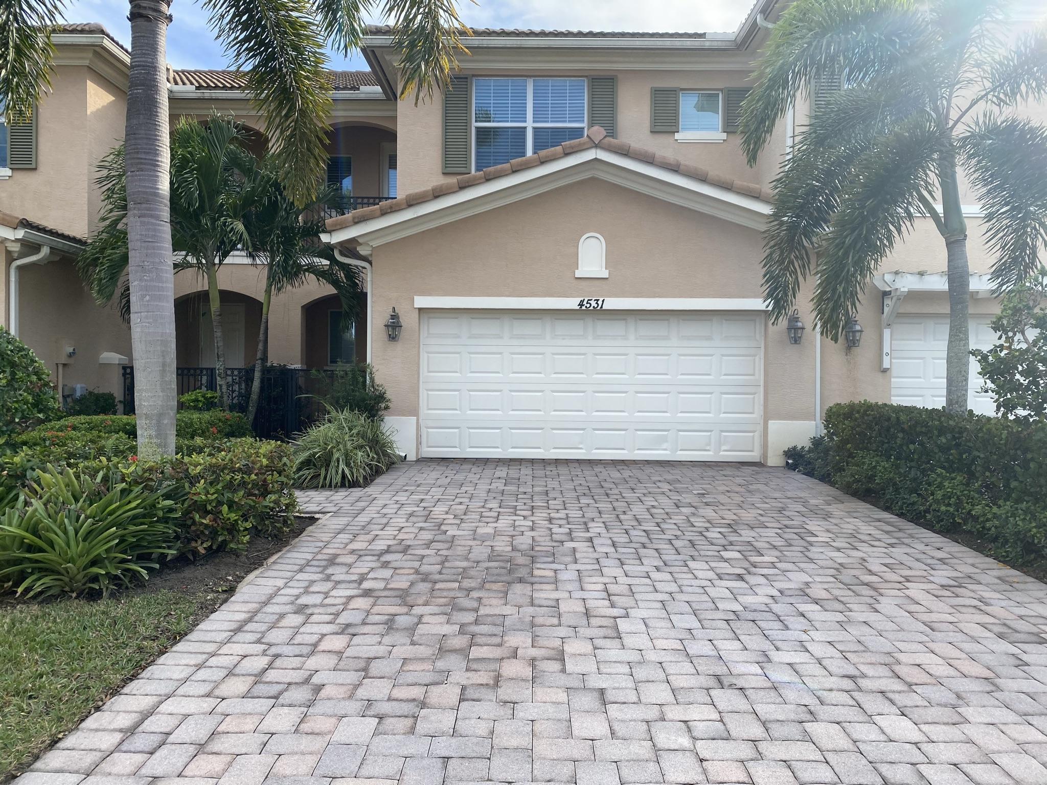 4531 Cadiz Circle Palm Beach Gardens, FL 33418