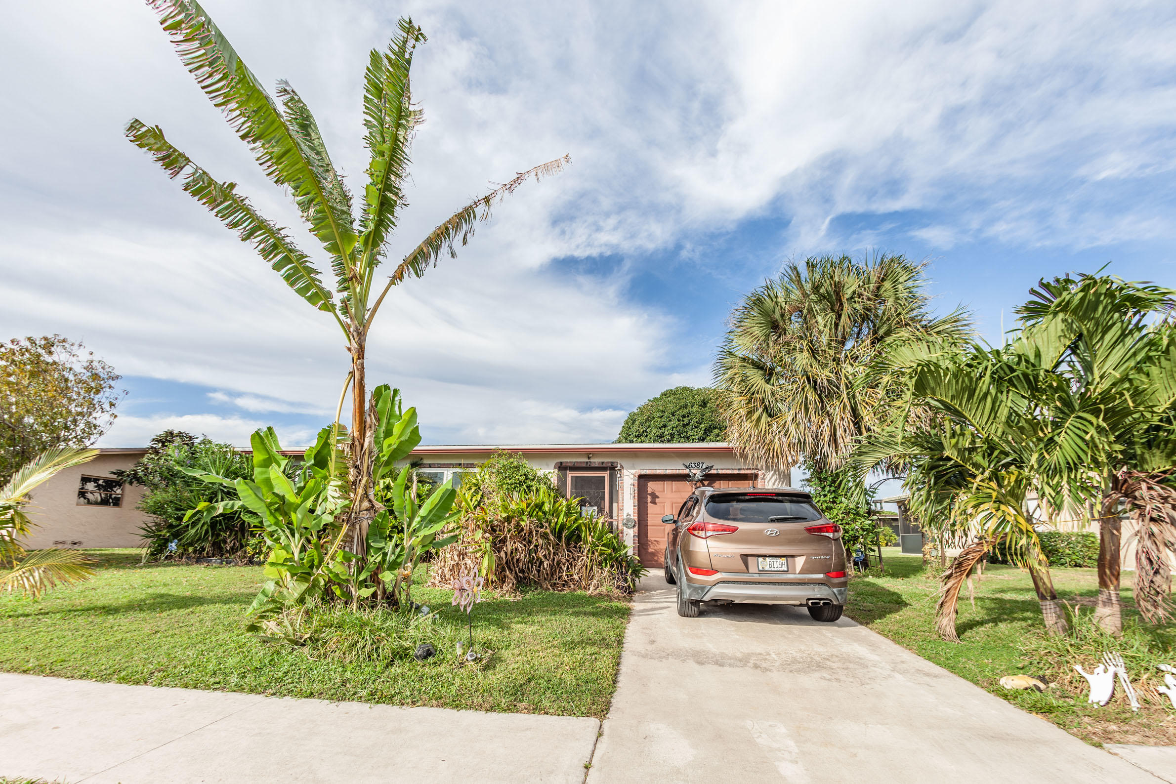 6387 Sleepy Willow Way  Delray Beach FL 33484
