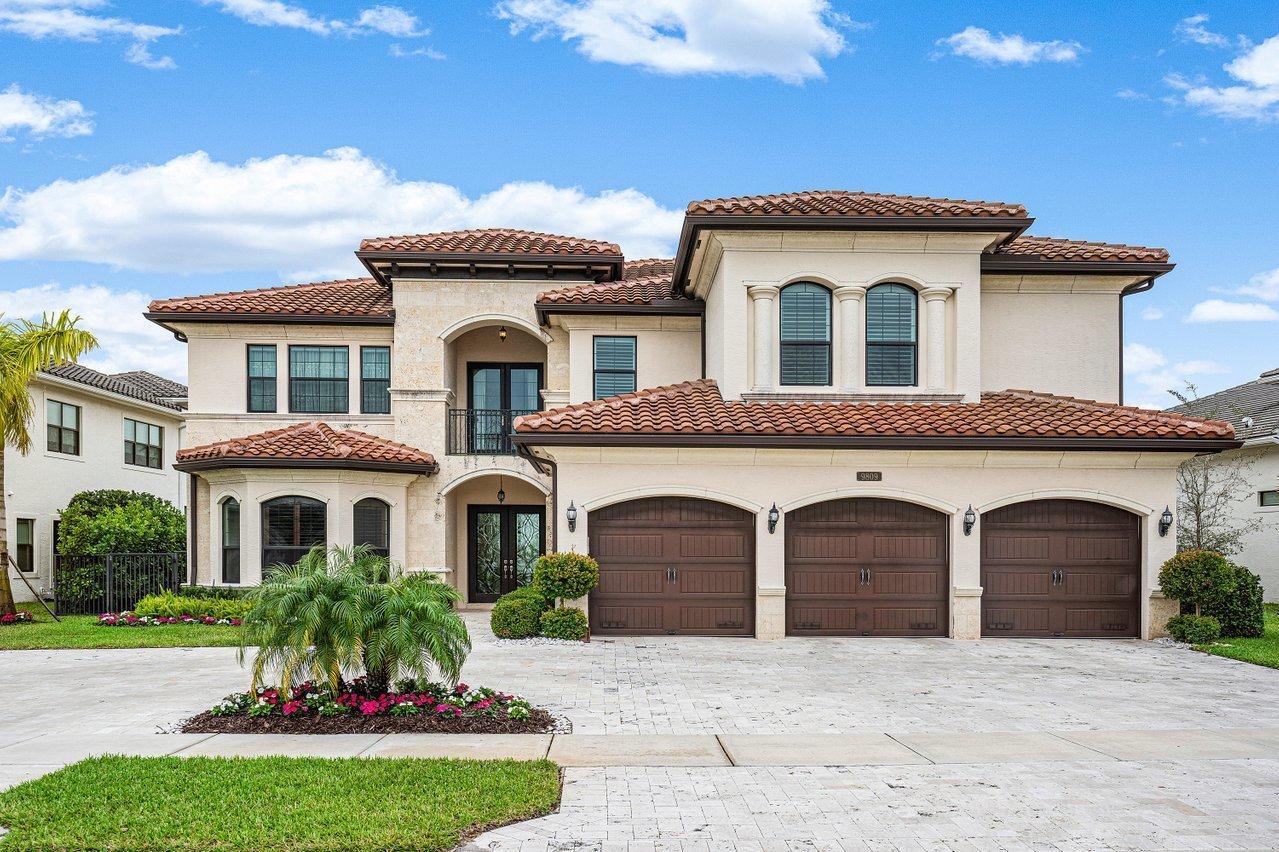 9809 Montpellier Drive Delray Beach, FL 33446