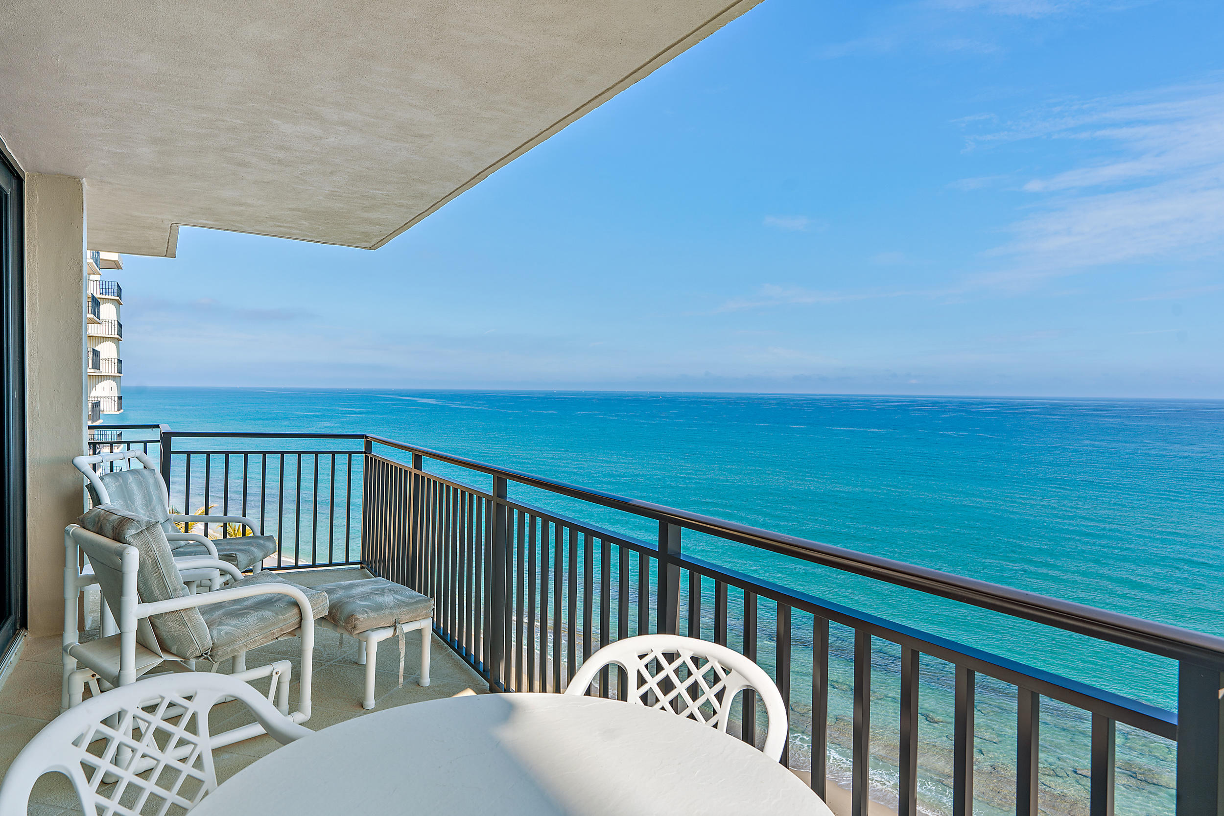 5460 N Ocean Drive 8a  Singer Island FL 33404