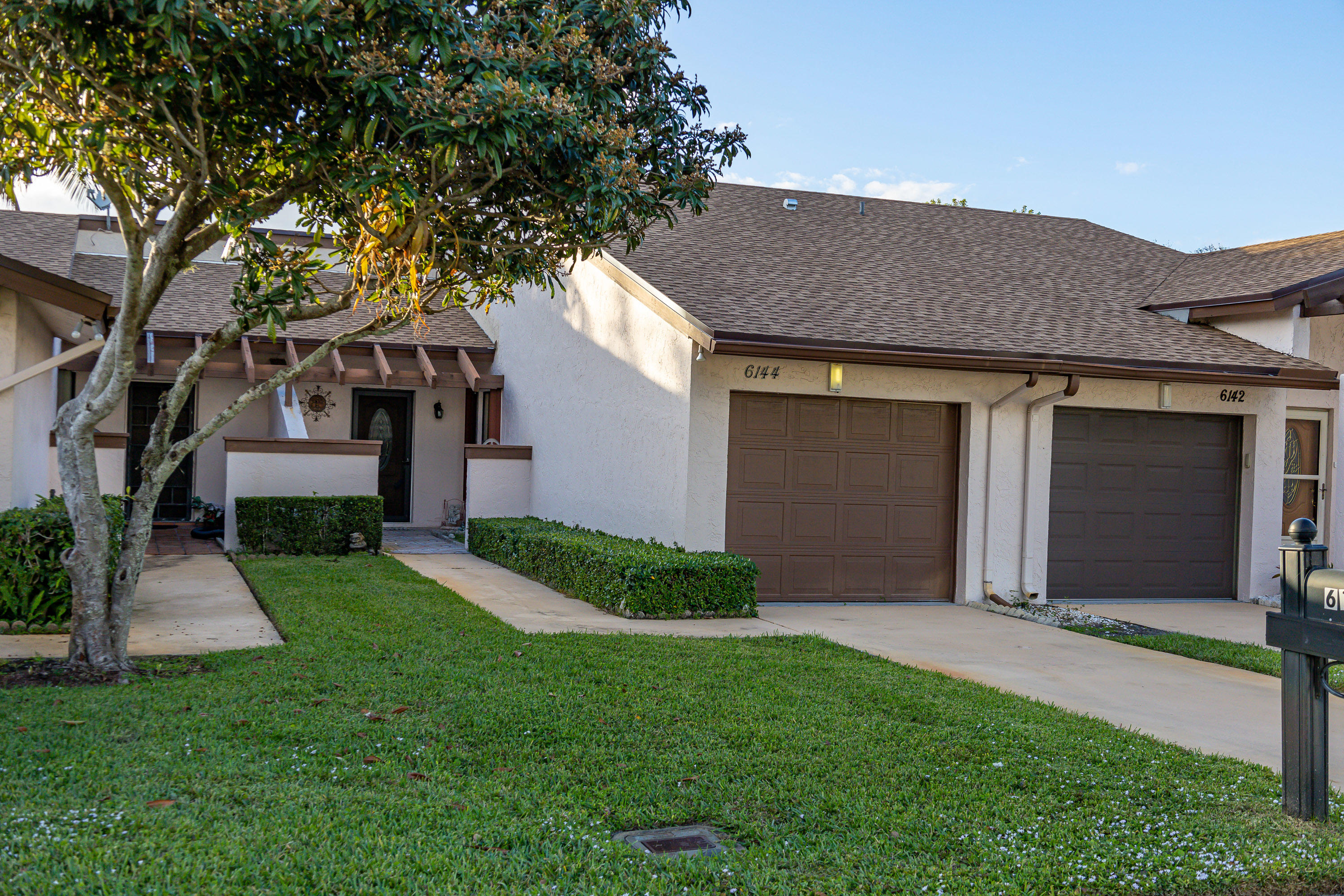 Home for sale in Cloisters  /  Villages Of Woodlake Greenacres Florida