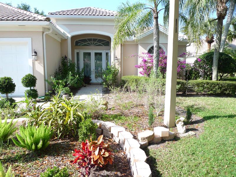 1641 Flagler Manor Circle West Palm Beach, FL 33411 photo 3