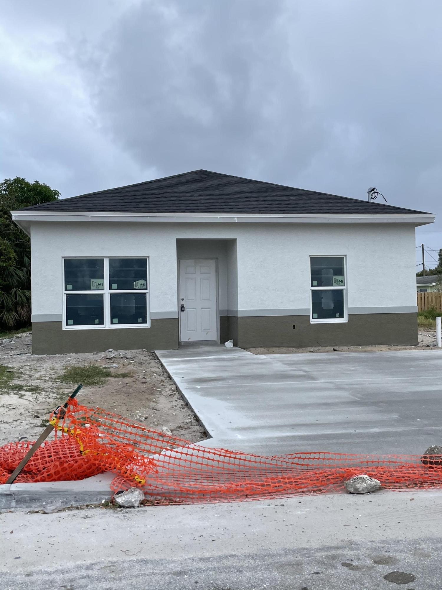Photo of 218 NE 13th Avenue, Boynton Beach, FL 33435