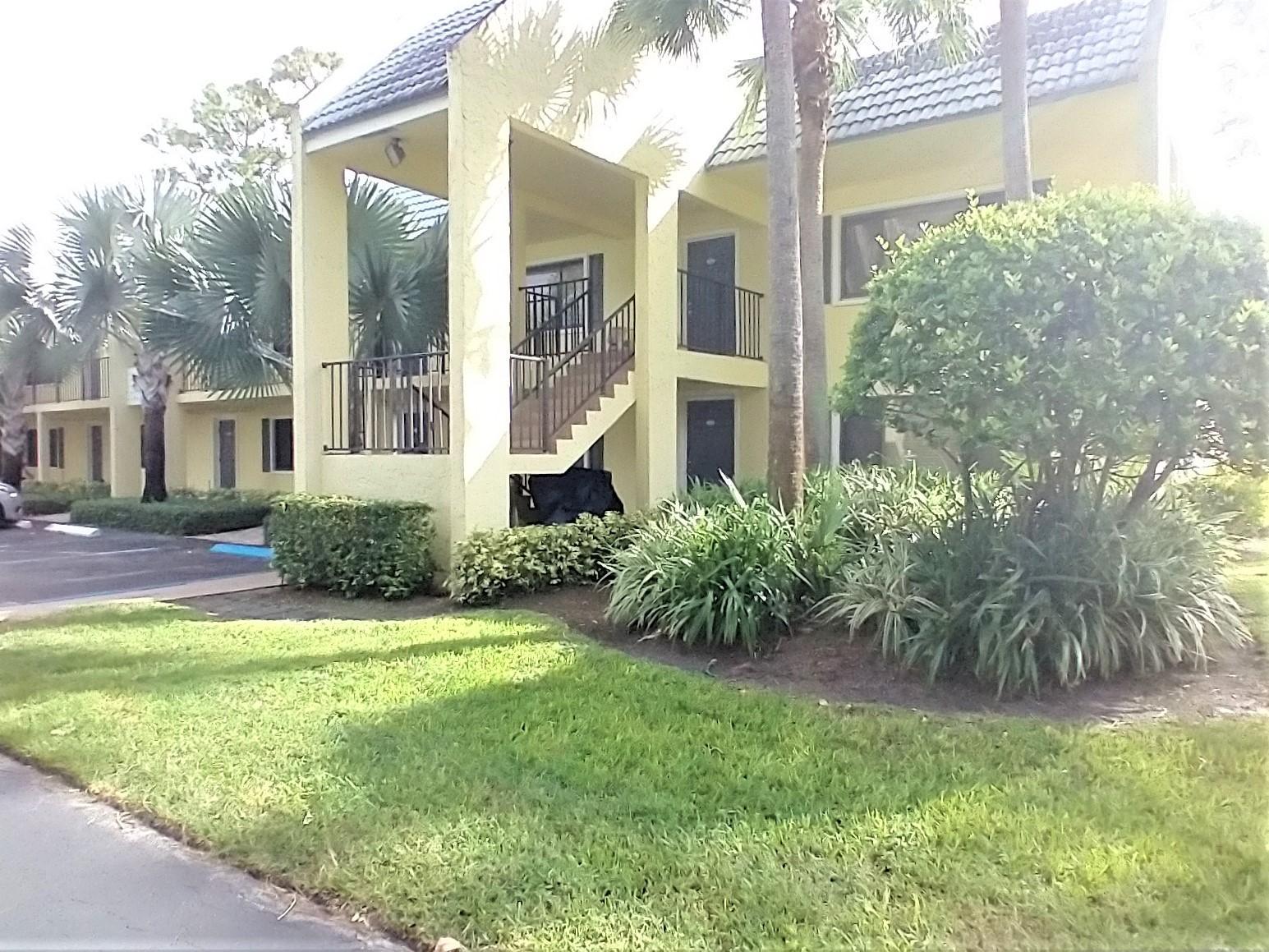 711 Forest Club Drive 317 Wellington, FL 33414