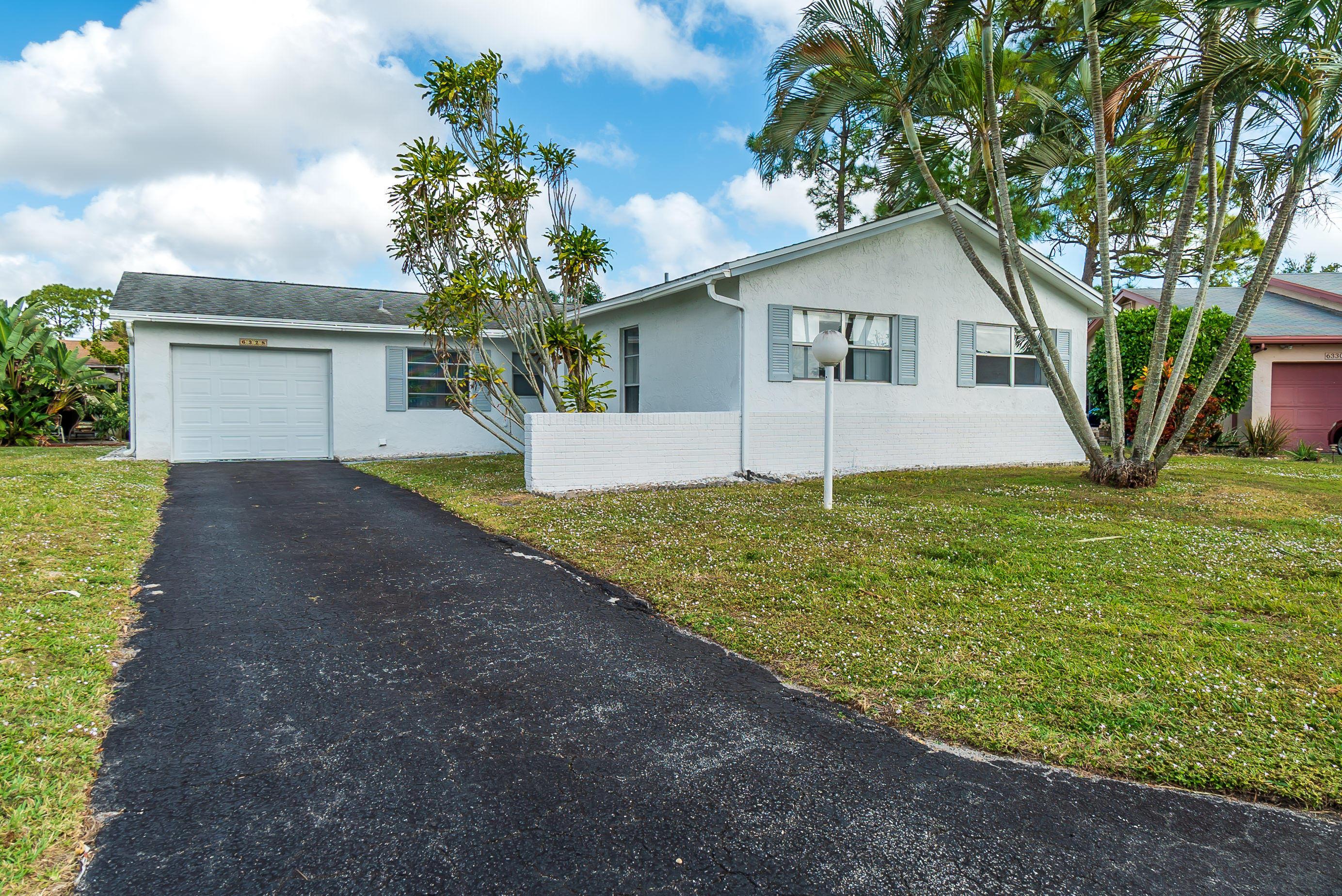 Home for sale in LUCERNE HOMES EAST 2 Greenacres Florida