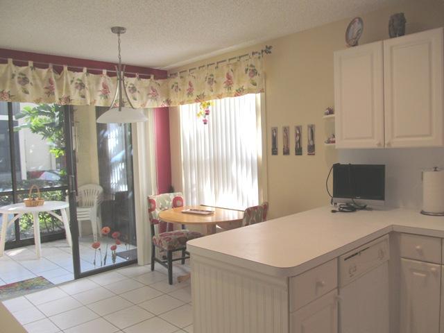 3252 Jog Park Drive 3114 Greenacres, FL 33467 photo 7