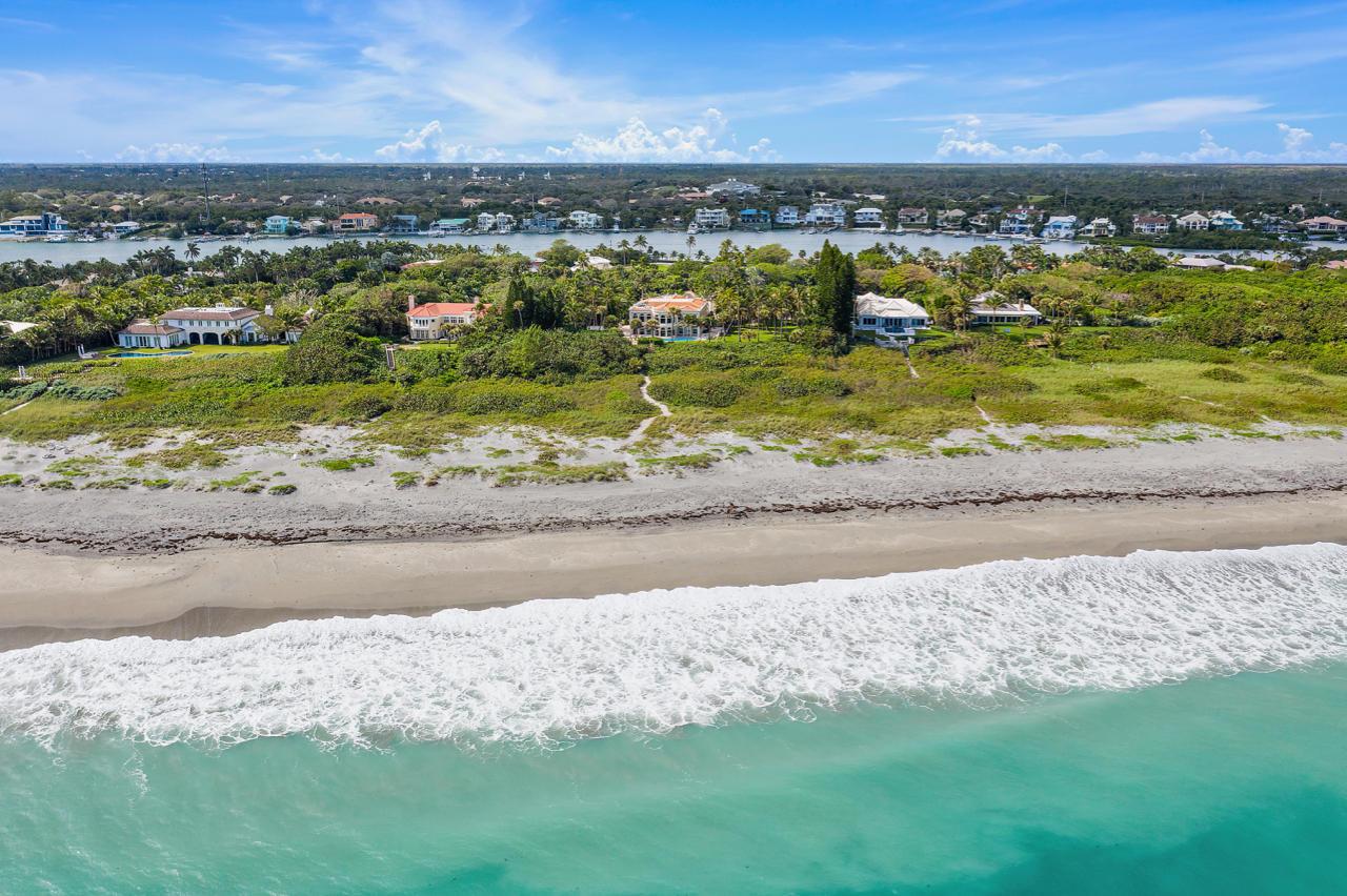 Photo of 511 S Beach Road, Hobe Sound, FL 33455