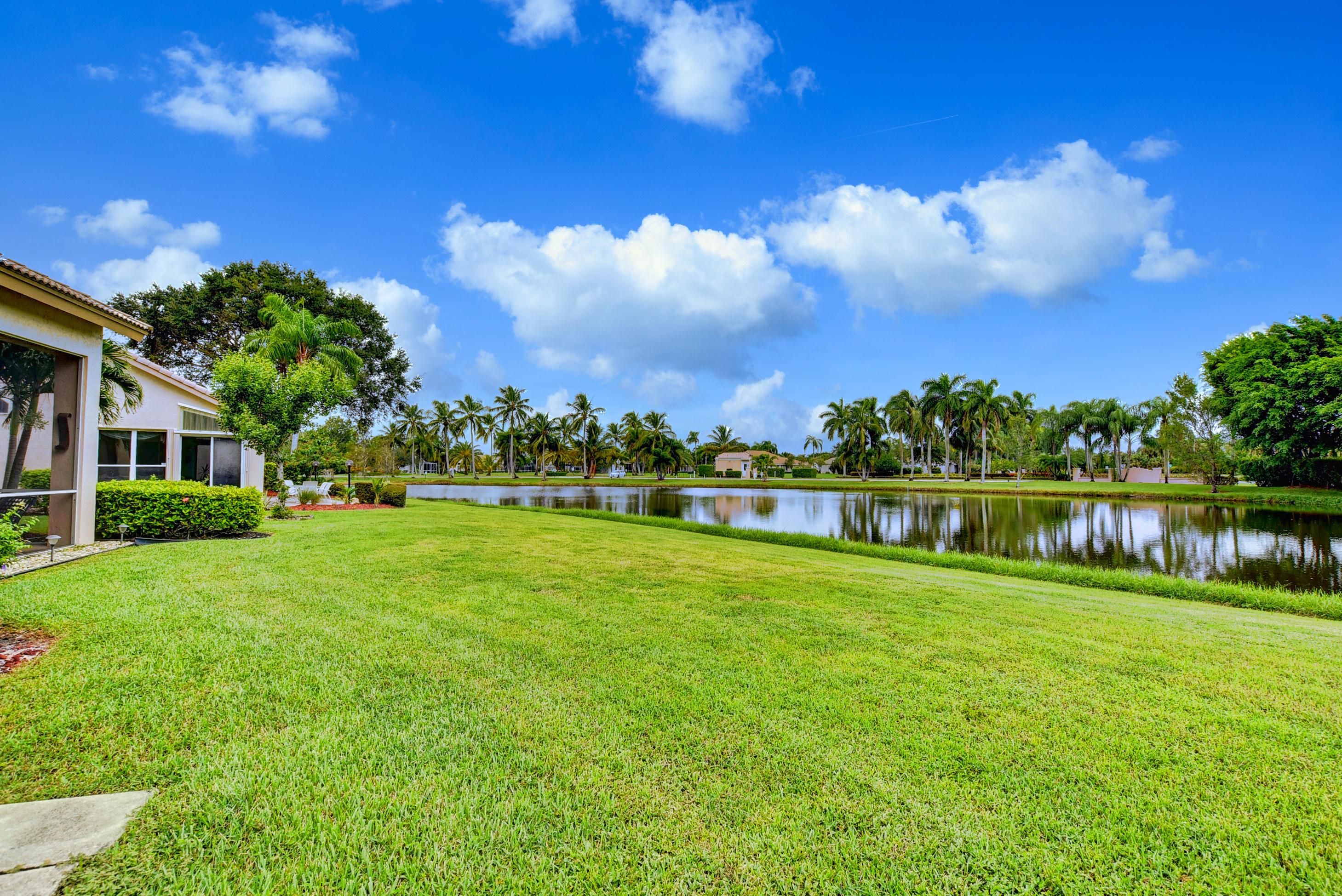 Home for sale in Aberdeen/lancaster Lakes Boynton Beach Florida