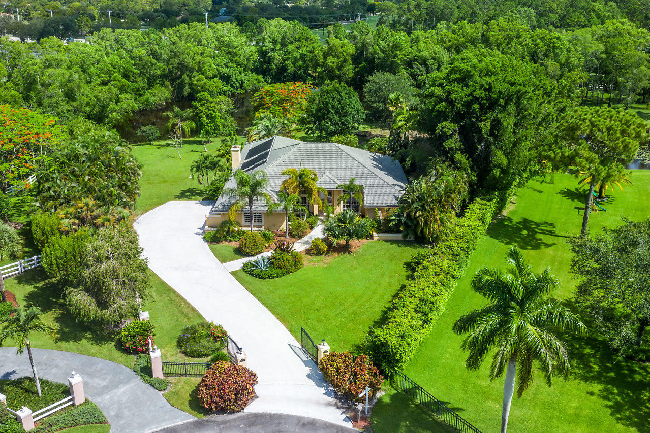 Home for sale in PADDOCK PARK 2 OF WELLING Wellington Florida