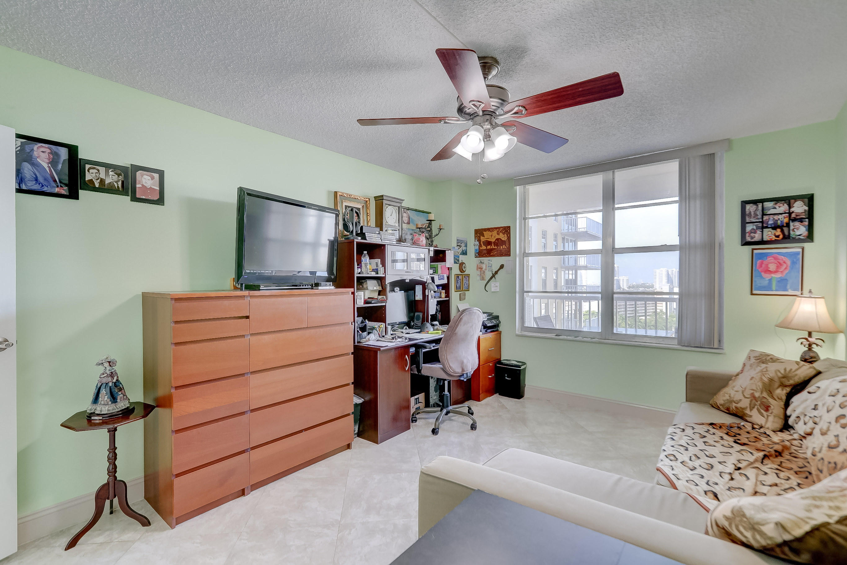 231 174th Street 1516 Sunny Isles Beach, FL 33160 photo 26