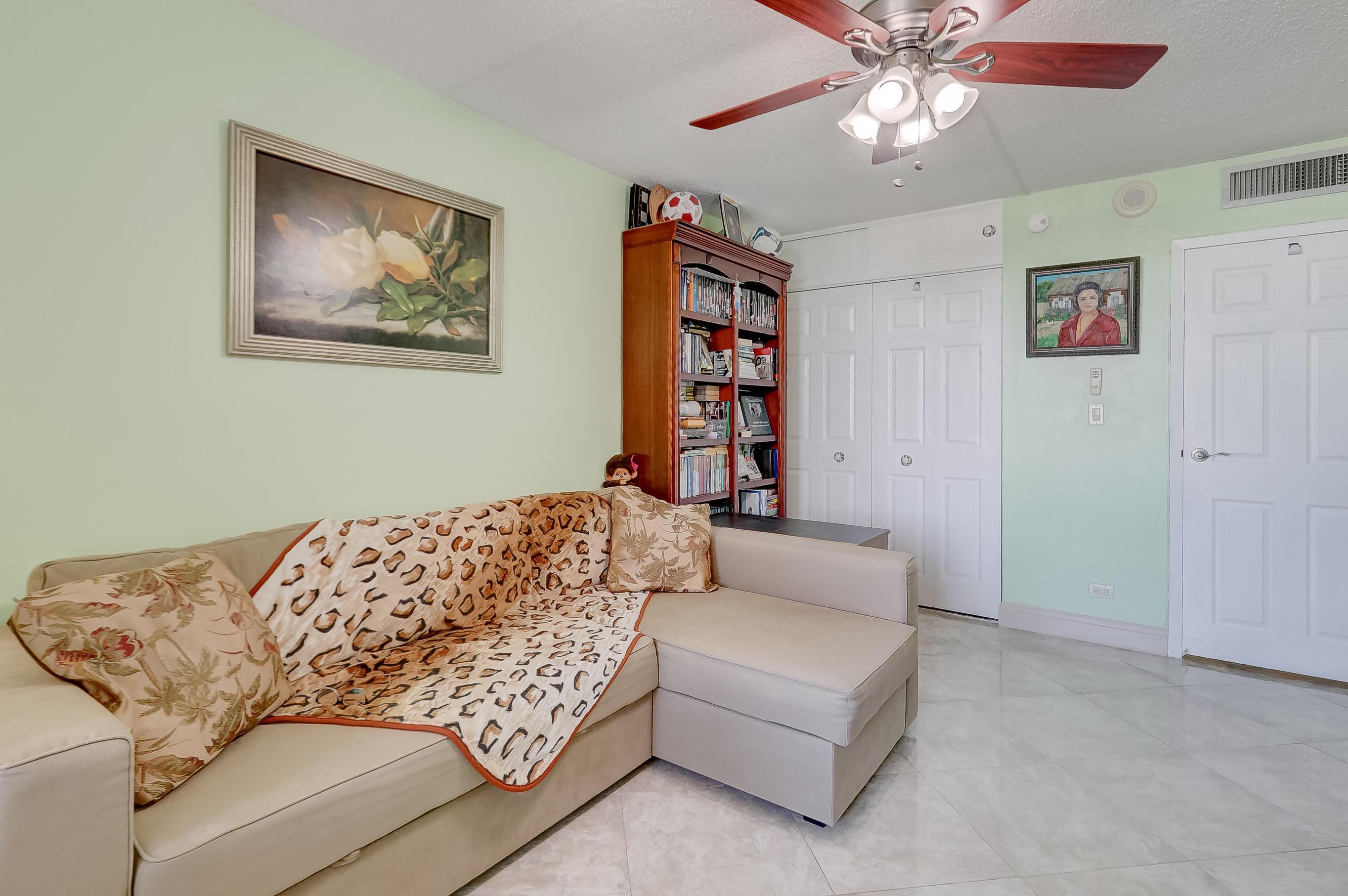 231 174th Street 1516 Sunny Isles Beach, FL 33160 photo 27