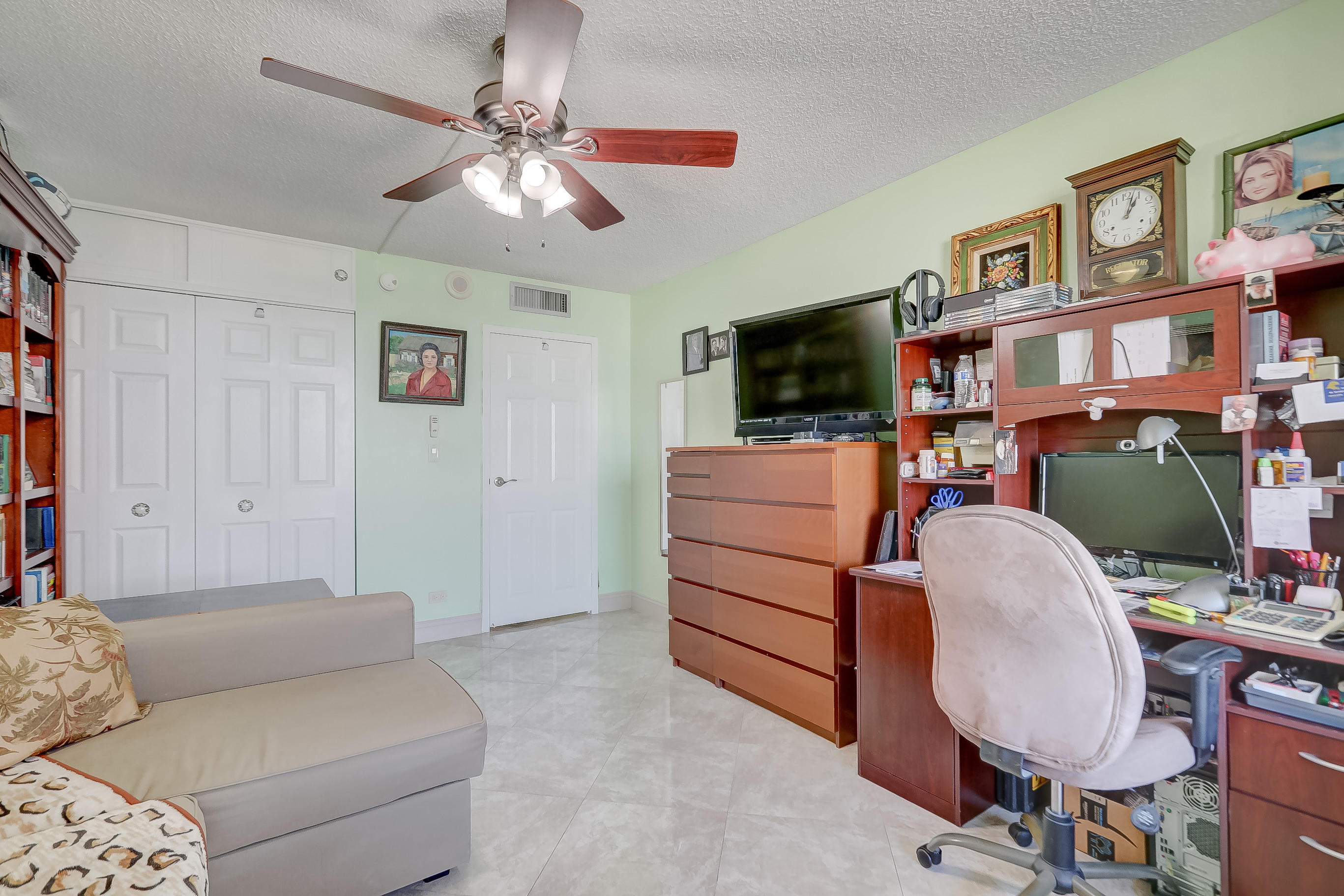 231 174th Street 1516 Sunny Isles Beach, FL 33160 photo 28