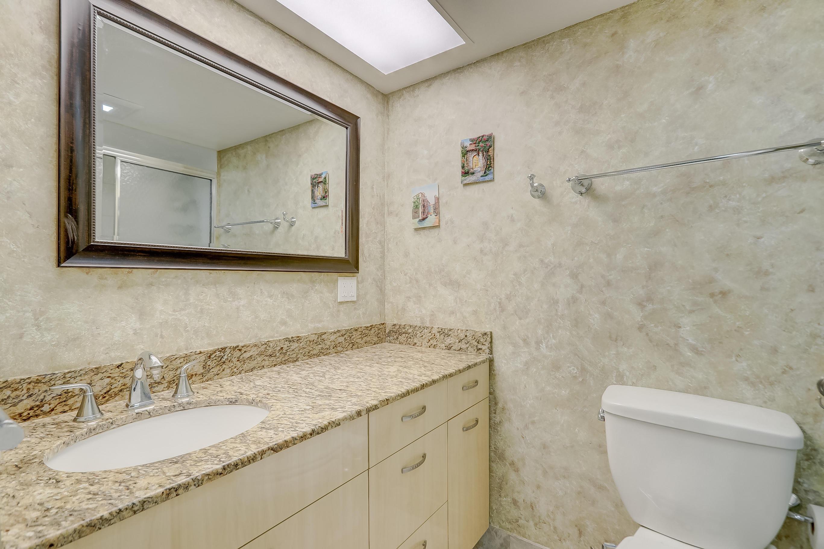 231 174th Street 1516 Sunny Isles Beach, FL 33160 photo 29