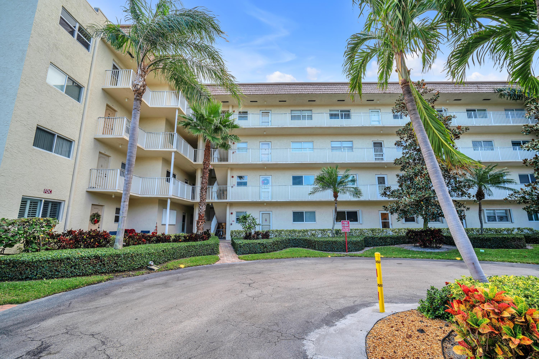 650 Snug Harbor Drive G204 Boynton Beach, FL 33435
