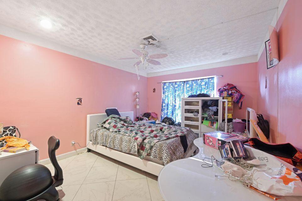 211 S 18th Avenue Lake Worth Beach, FL 33460 photo 13