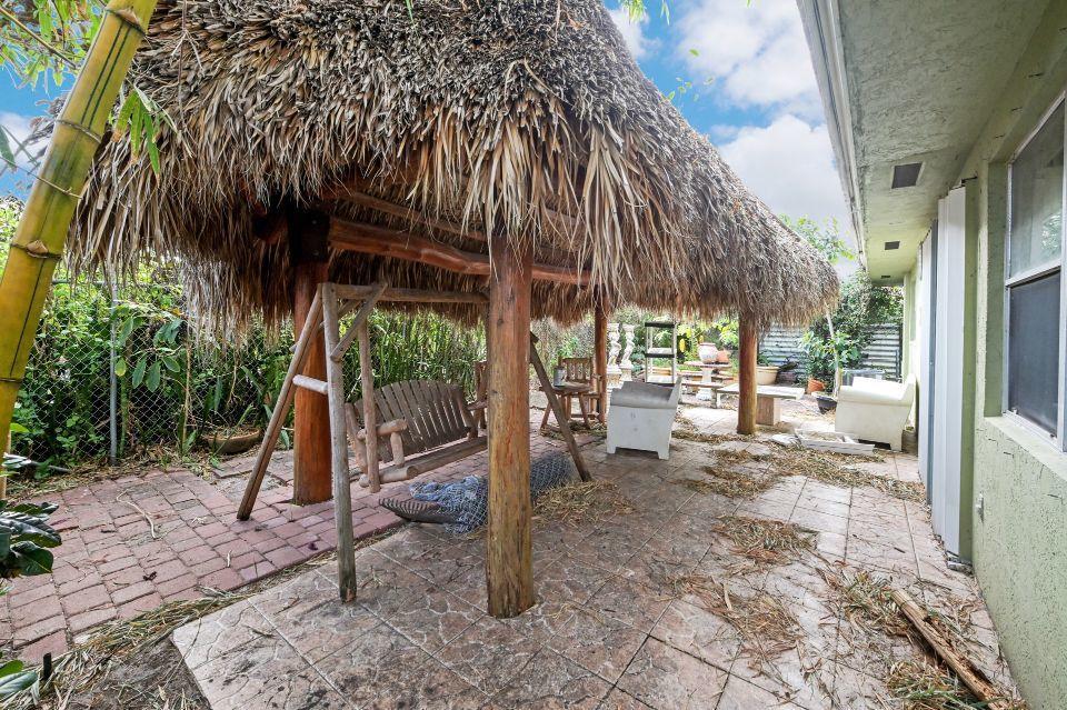 211 S 18th Avenue Lake Worth Beach, FL 33460 photo 17