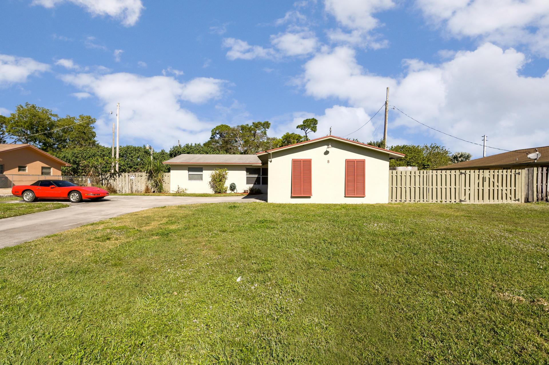 8 W Mango Road Lake Worth, FL 33467