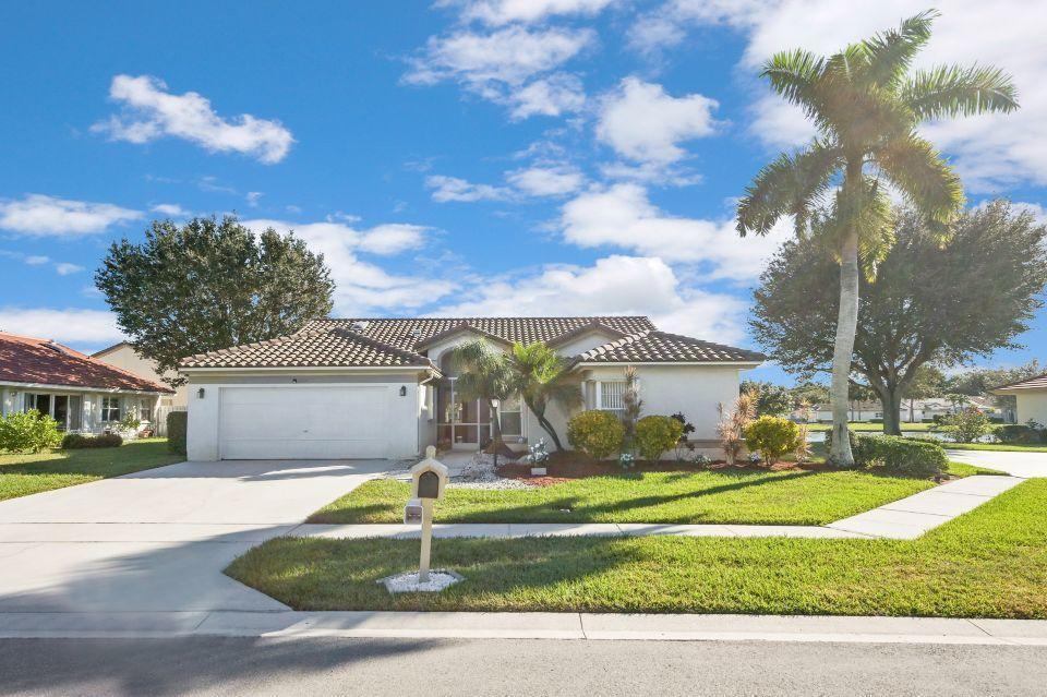 3860 Hidden Cypress Way Lake Worth, FL 33467 photo 1