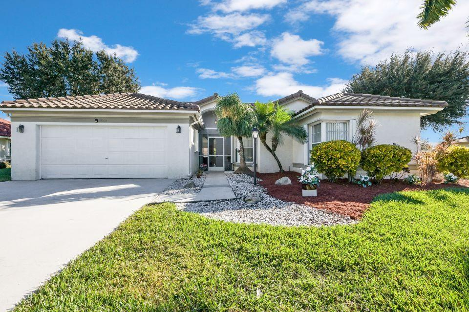 3860 Hidden Cypress Way Lake Worth, FL 33467 photo 2