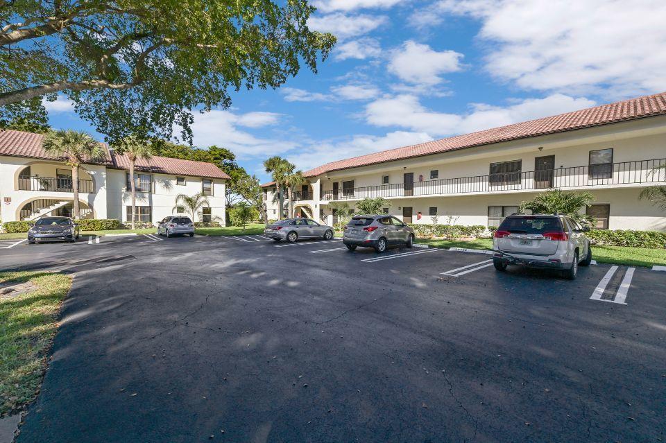 2 Via De Casas Sur 201 Boynton Beach, FL 33426 photo 17