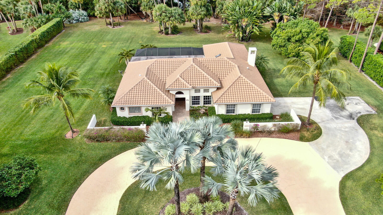 8777 Estate Drive West Palm Beach, FL 33411