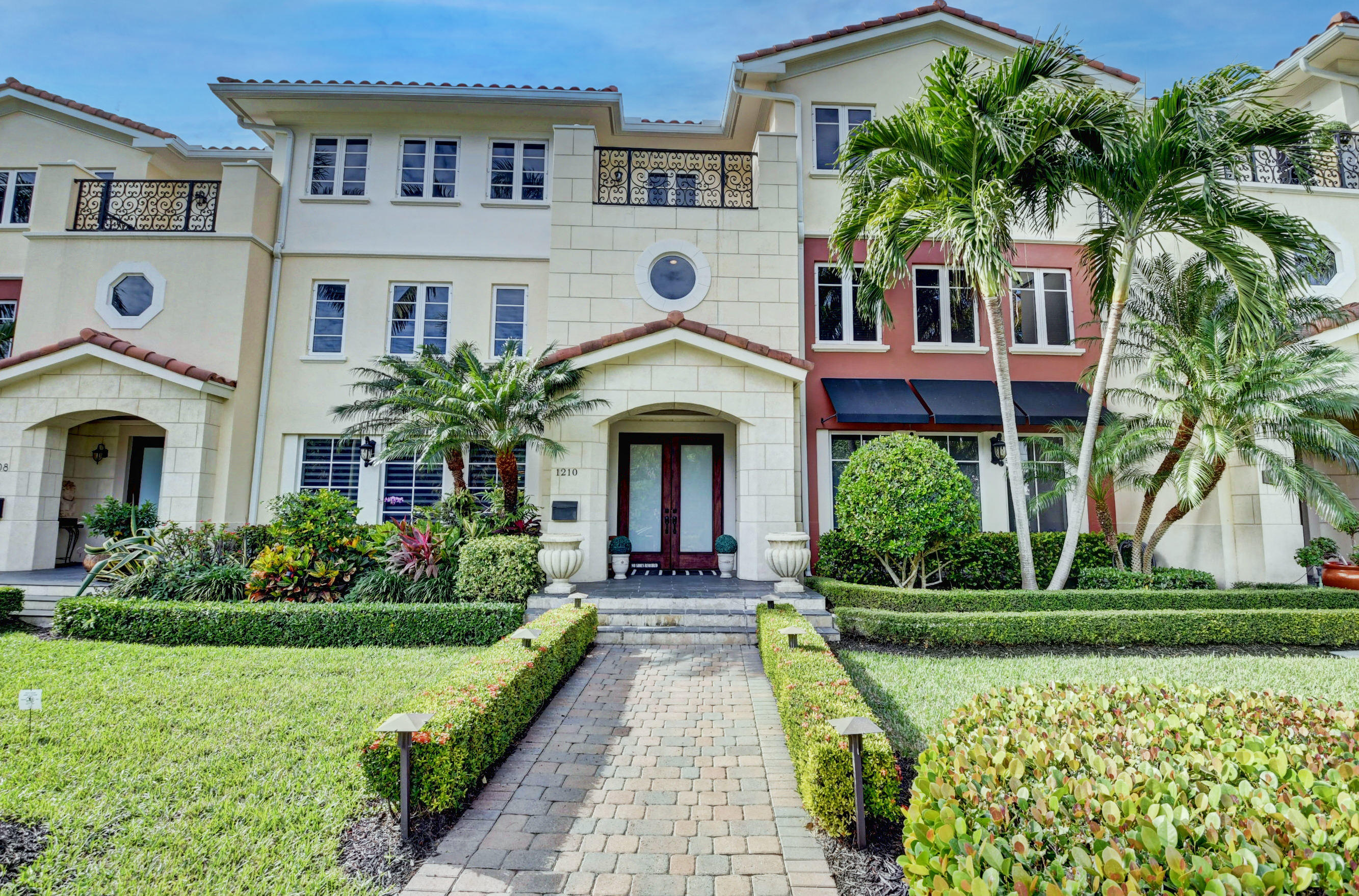 1210 Palm Trail  Delray Beach FL 33483