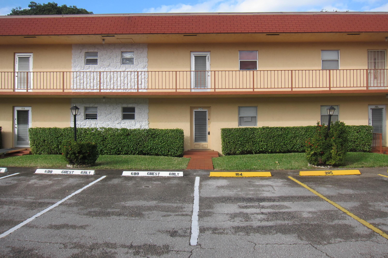 104 Oxford 600 West Palm Beach, FL 33417