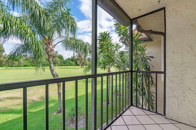 7113 Golf Colony Court 202 Lake Worth, FL 33467 photo 8