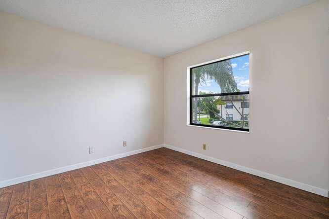 7113 Golf Colony Court 202 Lake Worth, FL 33467 photo 9
