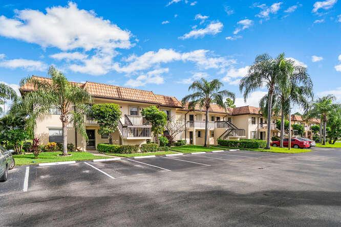 7113 Golf Colony Court 202 Lake Worth, FL 33467 photo 16