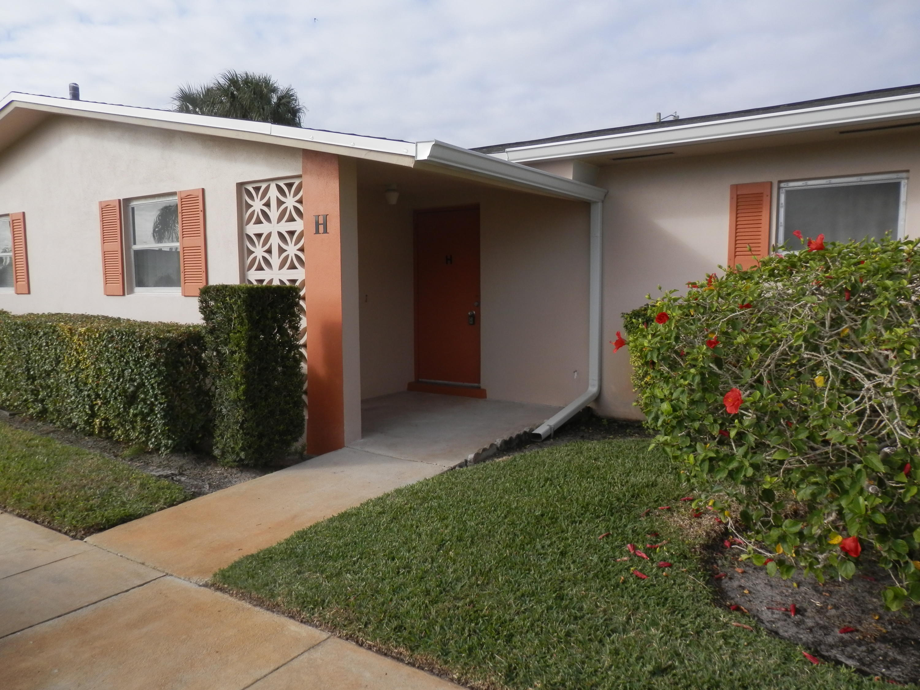 Home for sale in CRESTHAVEN VILLAS CONDO 24 West Palm Beach Florida
