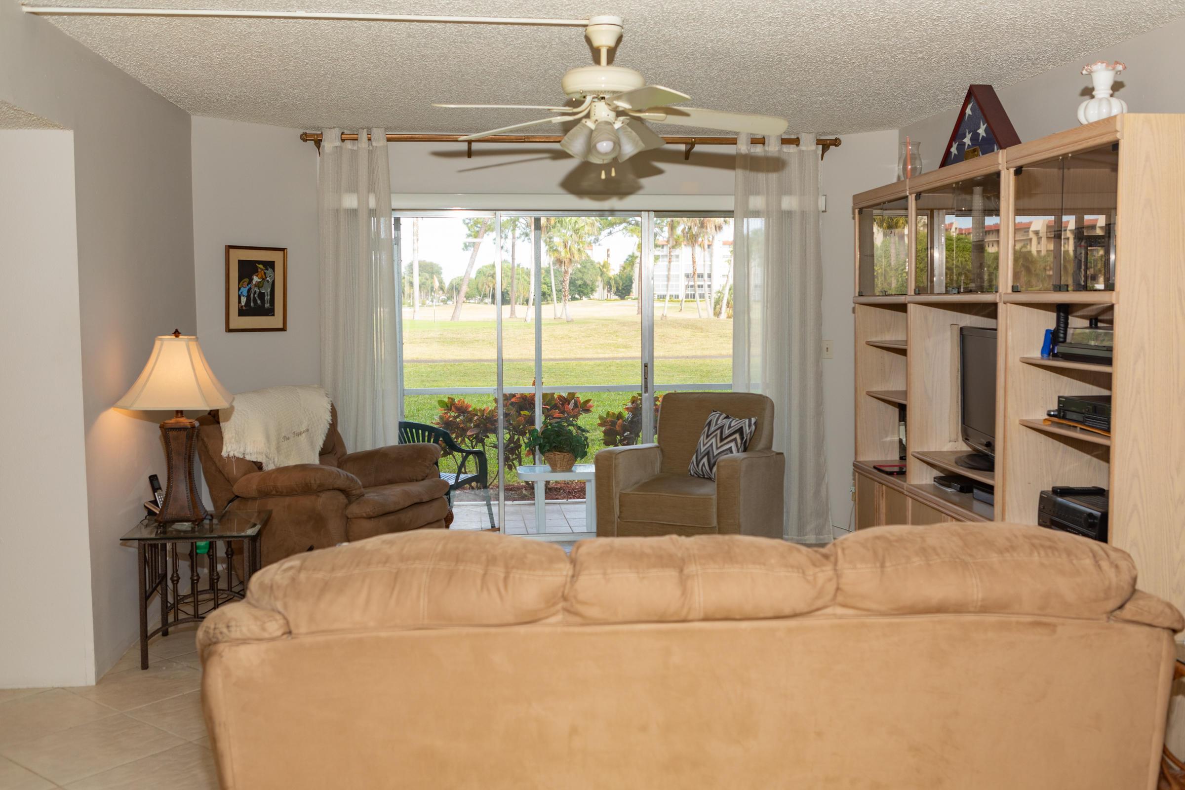 3836 Via Poinciana 106 Lake Worth, FL 33467 photo 4