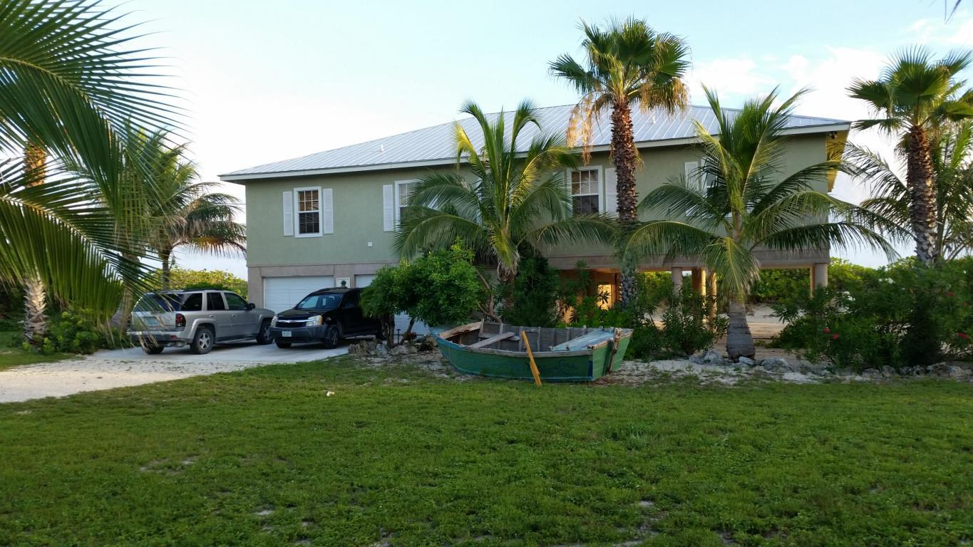 6 Bayshore front of house