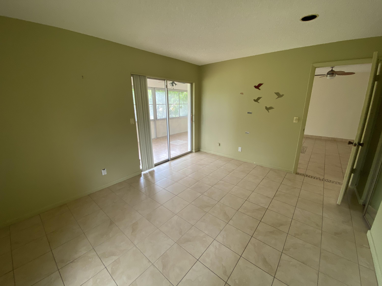638 Marlboro Oval Lake Worth, FL 33467 photo 8