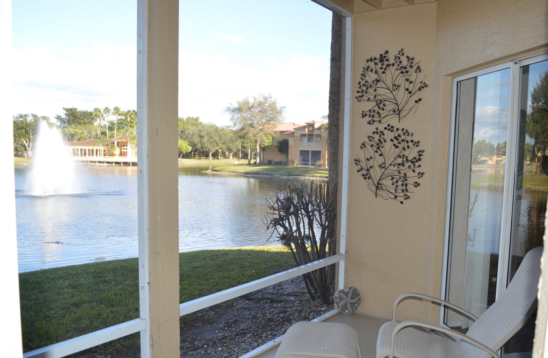 Photo of 4855 Via Palm Lk #909, West Palm Beach, FL 33417