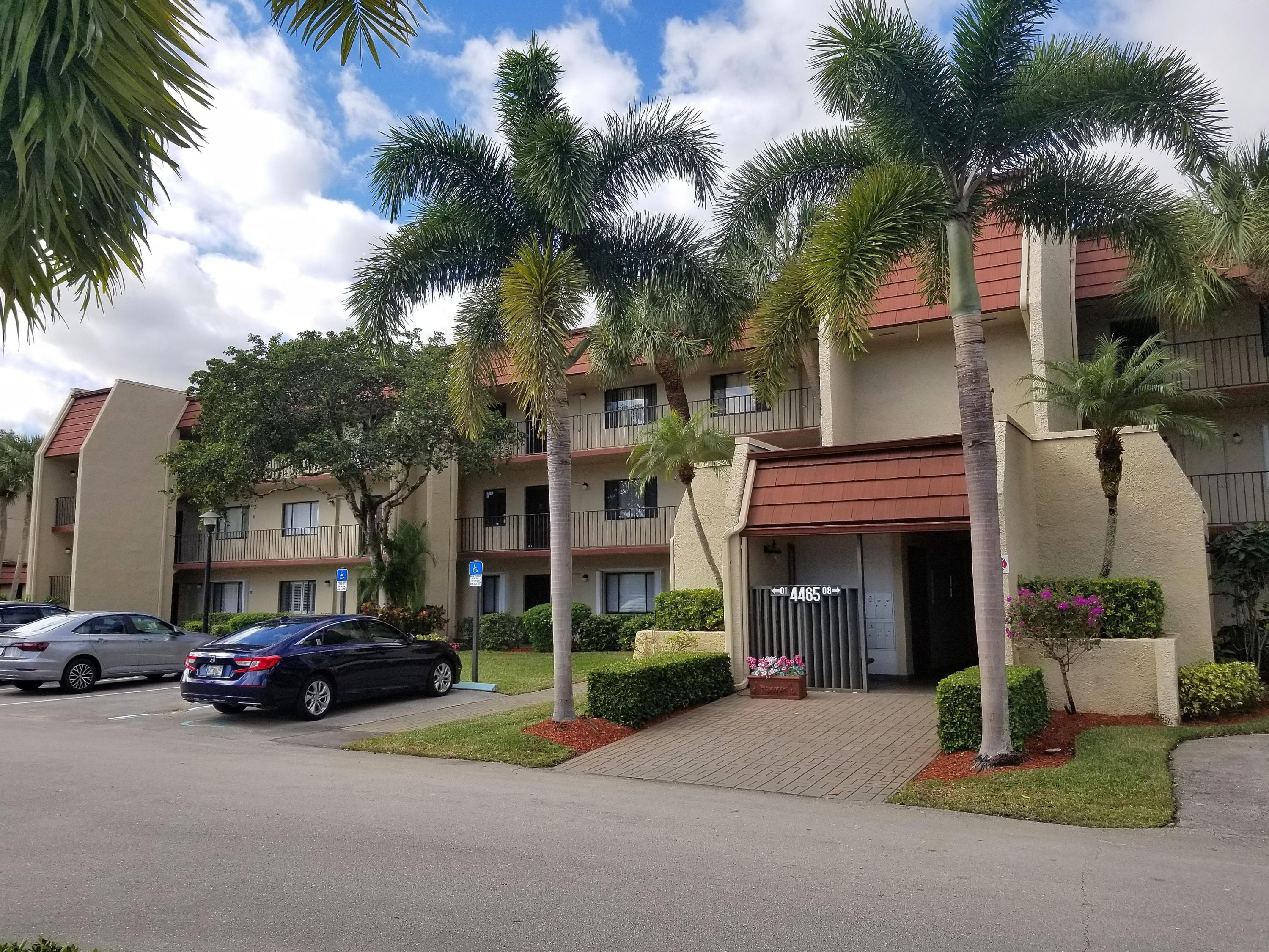 Home for sale in FOUNTAINS OF PALM BEACH CONDO 3 Lake Worth Florida