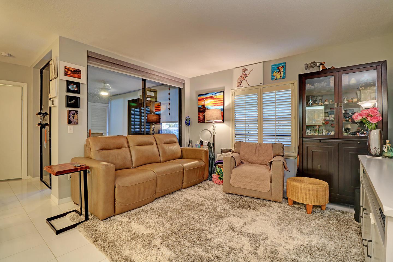Home for sale in BELLA VISTA VILLAGE -Platina Boynton Beach Florida
