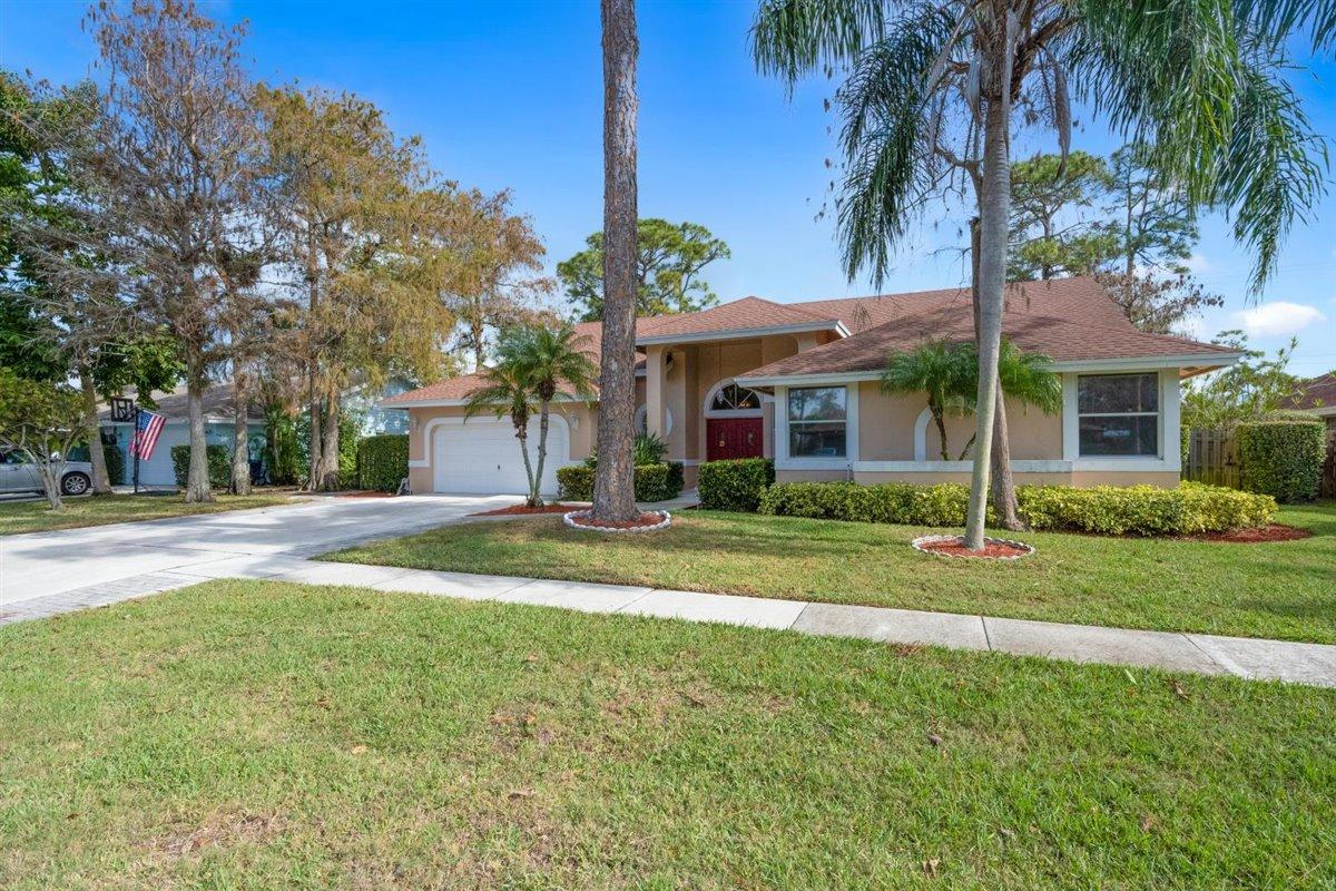 Home for sale in Wiltshire Village Wellington Florida