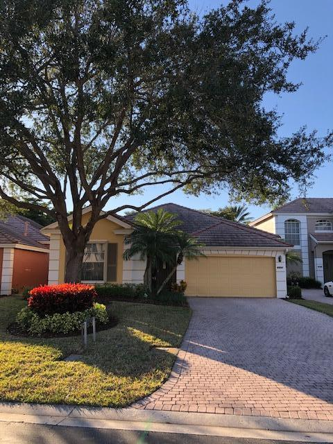 Home for sale in IBIS GOLF AND COUNTRY CLUB 10 West Palm Beach Florida