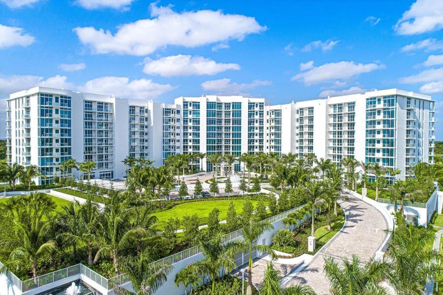 20155 Boca West Drive B-703  Boca Raton, FL 33434
