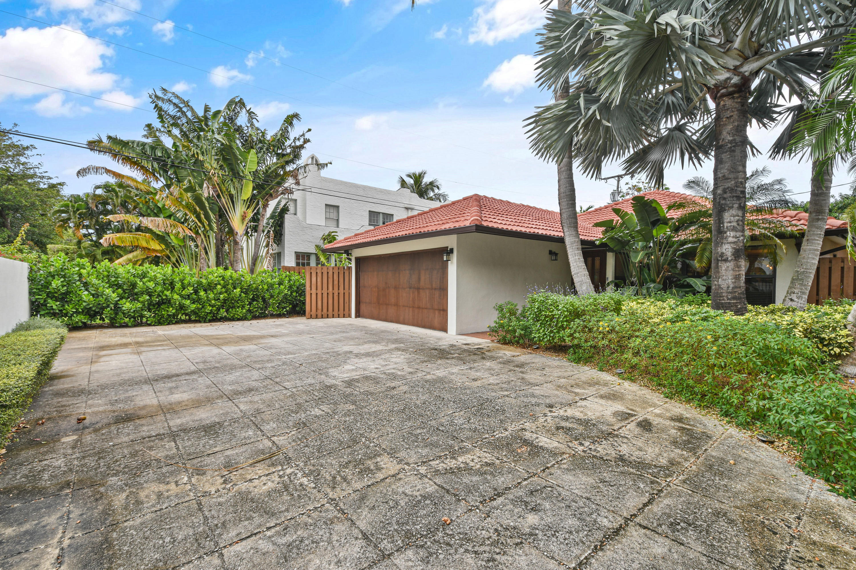 3516 S Olive Avenue West Palm Beach, FL 33405 small photo 1