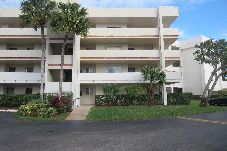 Home for sale in POINCIANA LAKES CONDO Lake Worth Florida