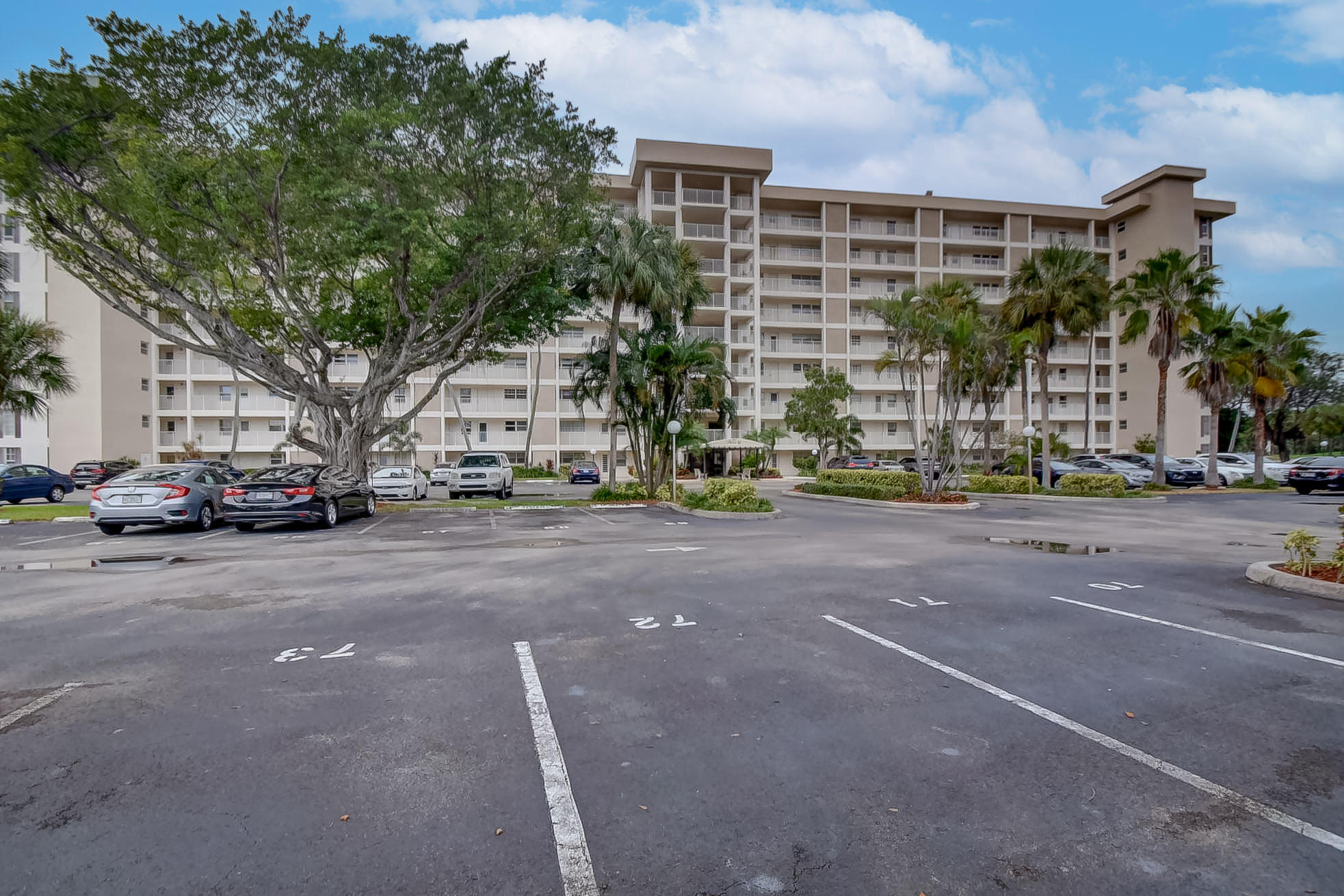 Home for sale in PALM-AIRE COUNTRY CLUB CONDO 20 Pompano Beach Florida
