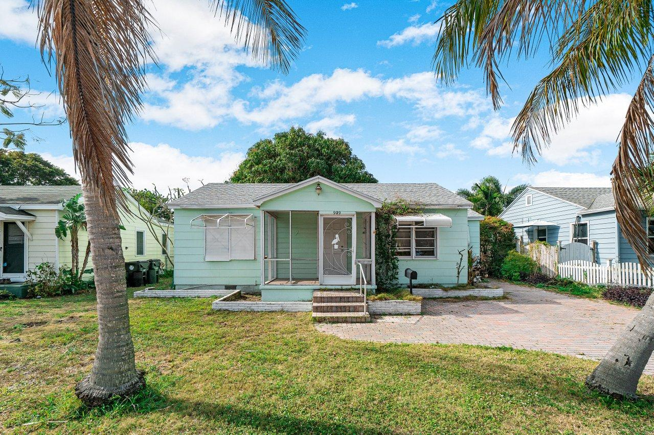Home for sale in TOWN OF LAKE WORTH Lake Worth Beach Florida