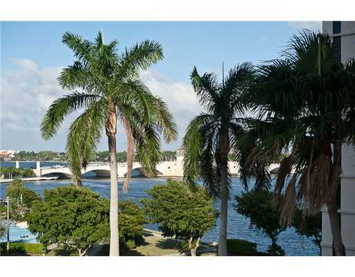 1200 S Flagler Drive 606 West Palm Beach, FL 33401 small photo 5