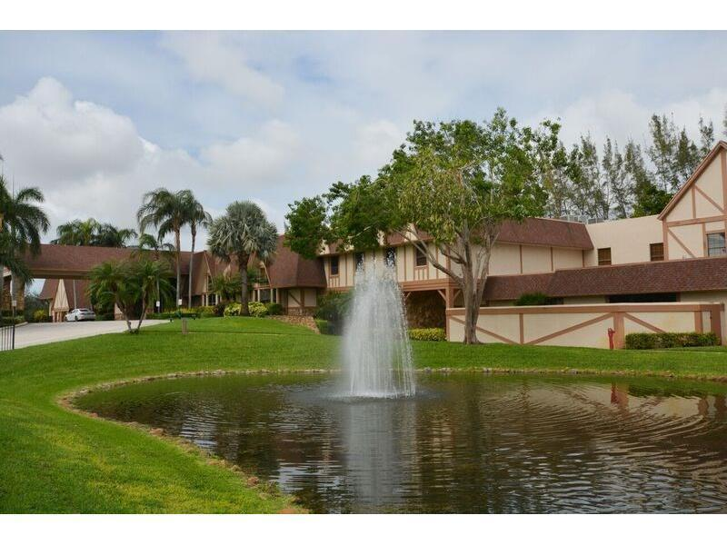 7280 Amberly Lane 301 Delray Beach, FL 33446 photo 31
