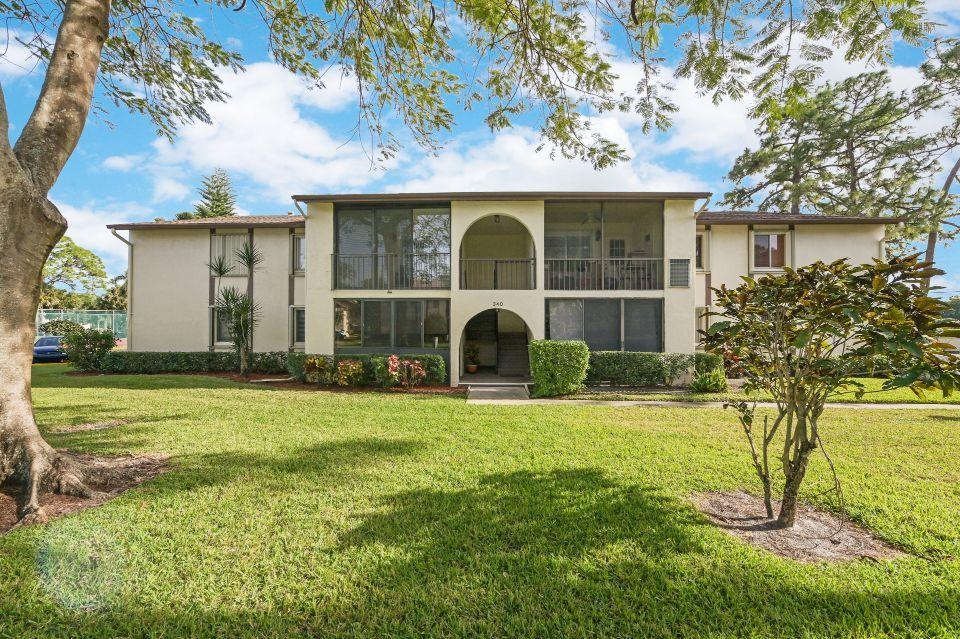 Home for sale in PINE RIDGE SOUTH III CONDO Greenacres Florida